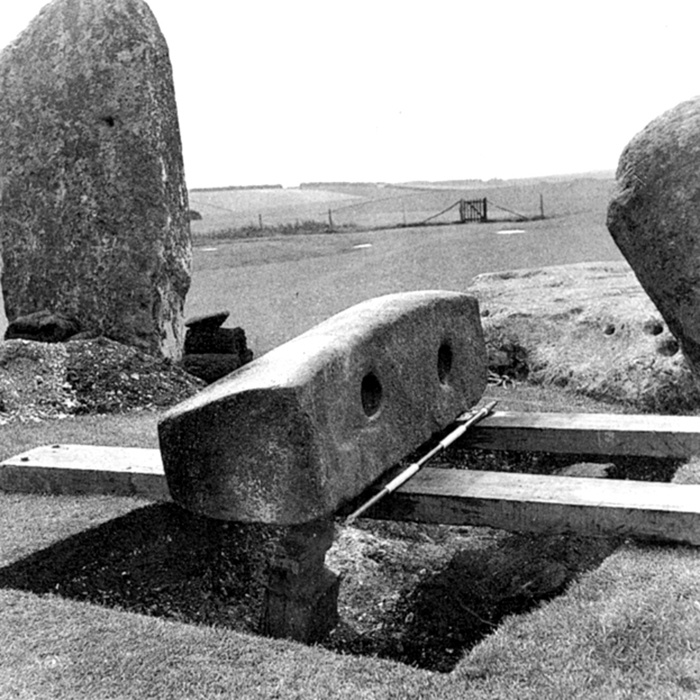 Stonehenge and the Neolithic Cosmos