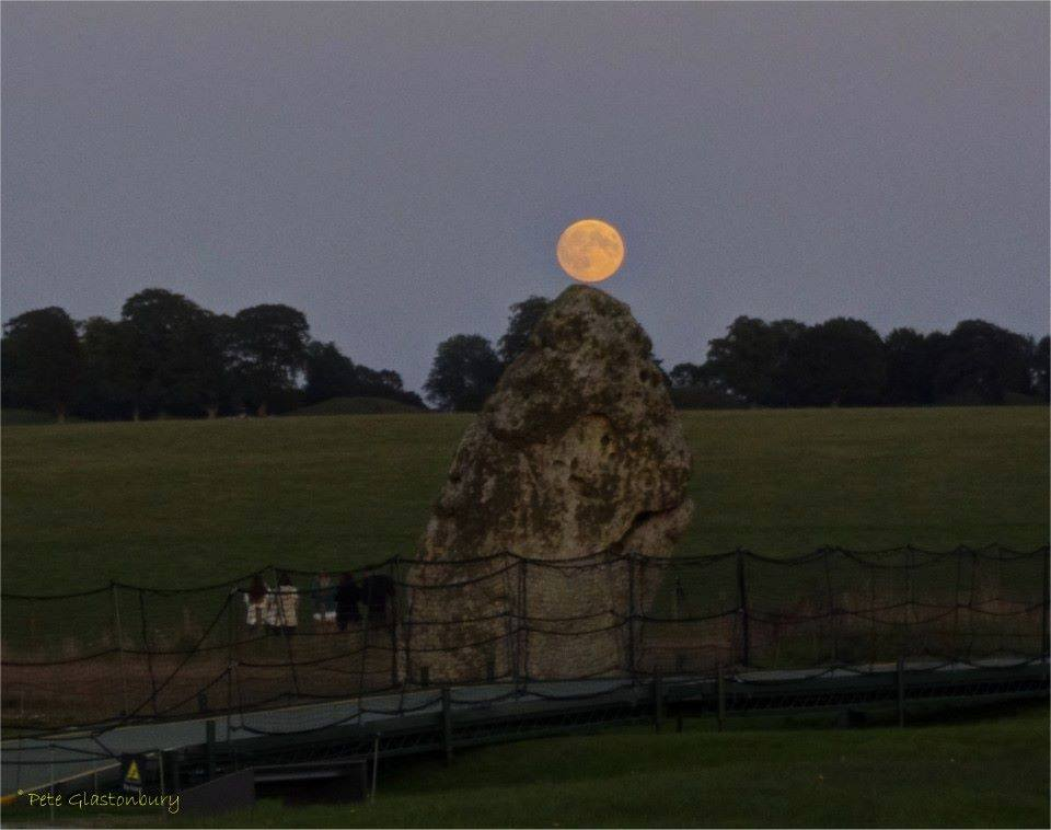 Moonrise over the heelstone at Stonehenge