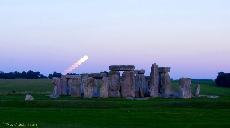 Stonehenge full moon rise Pete Glastonbury