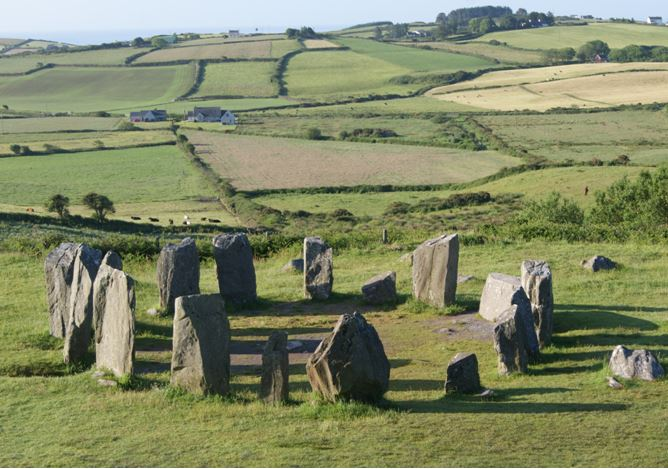 Dr Terence Meaden's Research into the Core Meaning of Axial and Recumbent Stone Circles